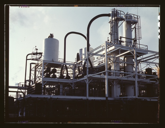 De-waxing plant at Mid-Continent refinery, Tulsa, Okla.