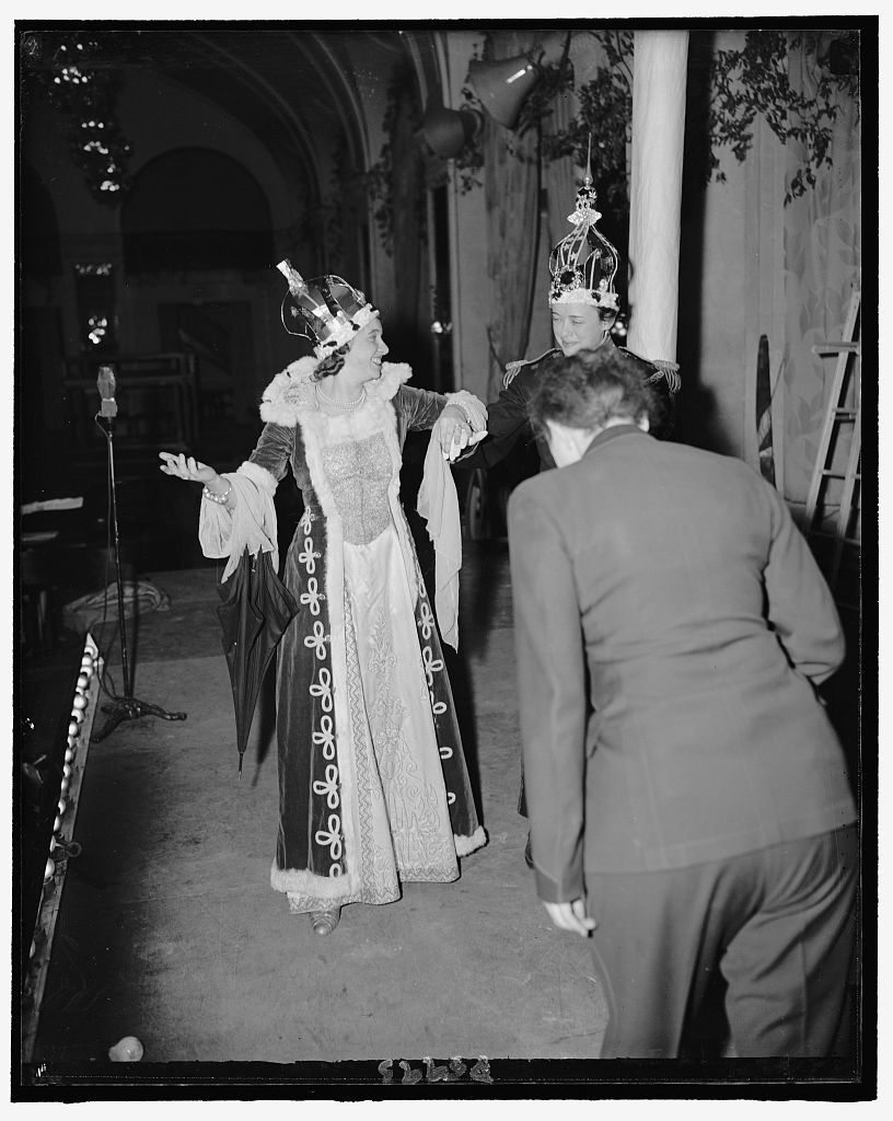 Dorothy L. Lewis. Special Writer--as Queen, Gerry Dick, N.E.A.--as King, Betty Hines, Wash. Times Herald--Equerry