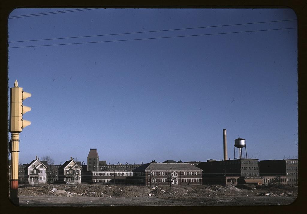 [Douglas Shoe Factory, Spark St., Brockton, Mass.]