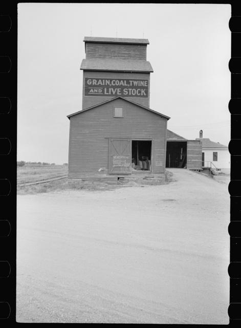 Elevator, grain, coal, twine, livestock, Sisseton, South Dakota