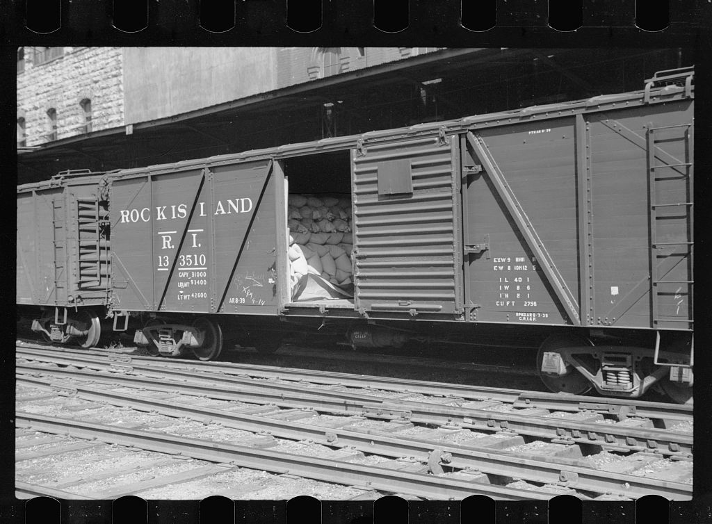 Freight cars loaded with sacks of flour, Pillsbury mills, Minneapolis, Minnesota