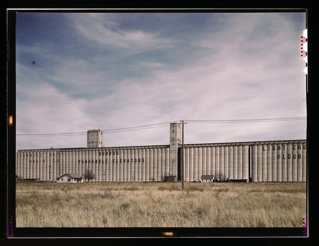 Grain elevators along the route of the Atchison, Topeka, and Santa Fe Railroad, Amarillo, Texas. Santa Fe trip