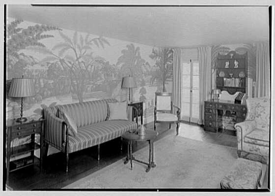 Henry W. Bagley, Bellehaven, residence in Greenwich, Connecticut. Quarry cottage, living room, to sofa