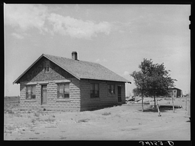 Home of Mr. Bosley and the Bosley reorganization unit. A project commanding FSA (Farm Security Administration) attention. Baca County, Colorado