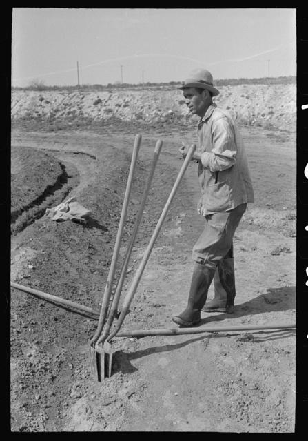 Irrigation worker near Eagle Pass, Texas