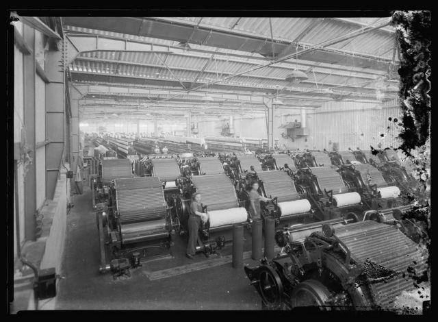 "[Jewish factories in Palestine on Plain of Sharon & along the coast to Haifa. Acre. Kafar-Ata.The ""Ata"" Textile Co. The wadding plant]"