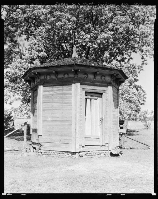 Judge W.H. Hurt house & office, Tuskegee vic., Macon County, Alabama