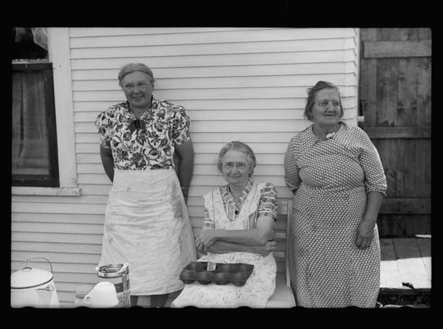 Ladies who are serving lunch at auction near Tenstrike, Minnesota
