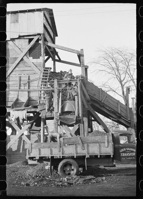 Loading a truck at Blue Ribbon No. 2 Mine, Williamson County, Illinois (see 26940-D)