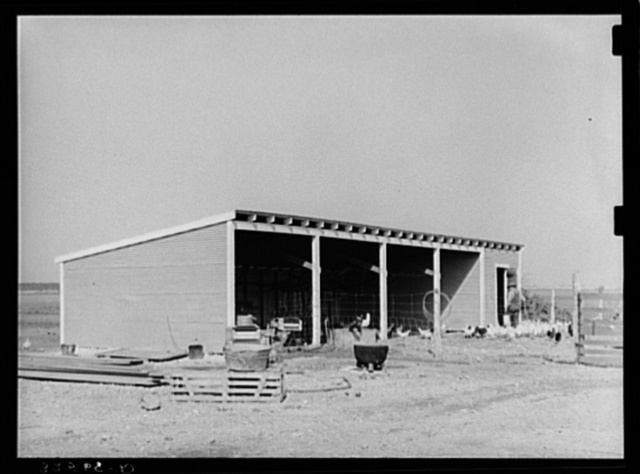 Machine shed and chicken house of El Indio, Texas, pioneer