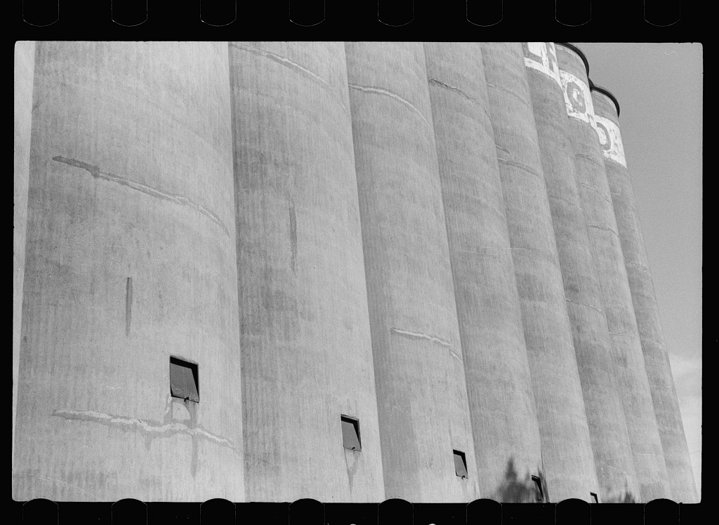 Malting company where barley is malted before going to breweries, Minneapolis, Minnesota