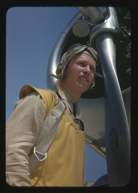 Marine lieutenant, pilot with the power towing plane at page Field, Parris Island, S.C.