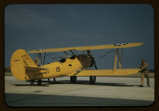 Marine power plane which tows the training gliders at Page Field, Parris Island, S.C.