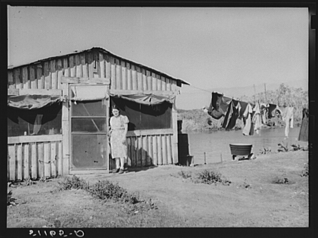 Migratory packinghouse workers living quarters near Lake Harbor, Florida