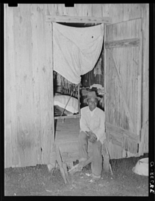 Negro strawberry workers' bunkhouse. Hammond, Louisiana