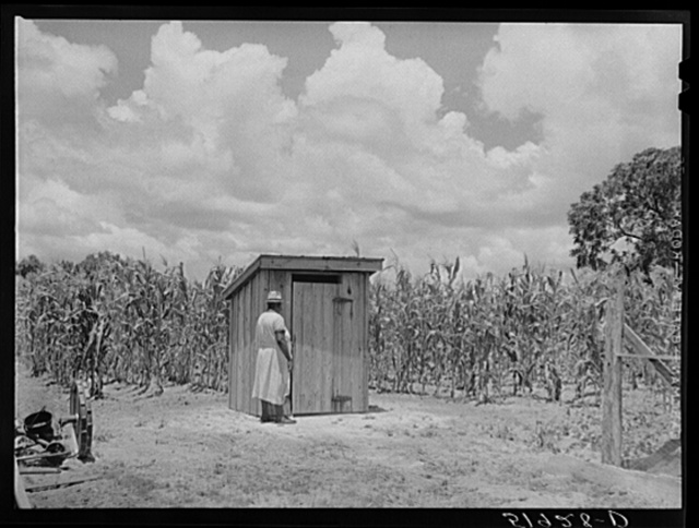 New privy on farm of Frederick Oliver, tenant purchase client. Summerton, South Carolina
