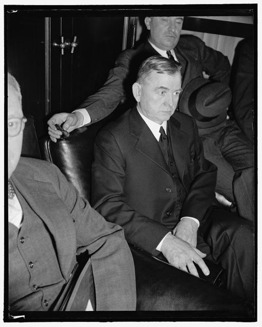 Nominee to Virginia Federal Judgeship questioned by Senate Committee. Washington, D.C., Feb. 1. Floyd Roberts, recently nominated by President Roosevelt to be a Federal District Judge in Virginia and whose nomination is opposed by Senators Carter and Glass and Harry F. Byrd, pictured as he was waiting to be called for questioning by the Senate Judiciary Committee today, 2-1-39