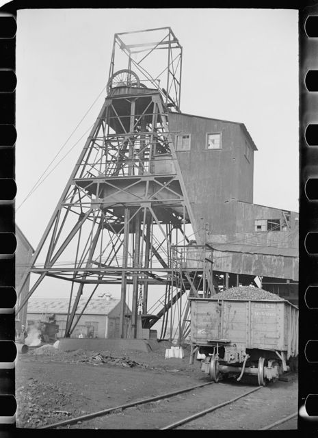 Old Ben No. 8 mine, West Frankfort, Illinois (see 26940)