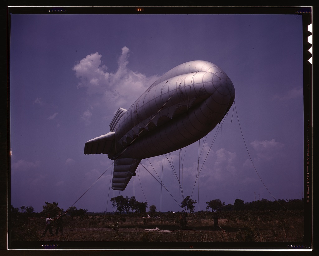 Parris Island, S.C., barrage balloon