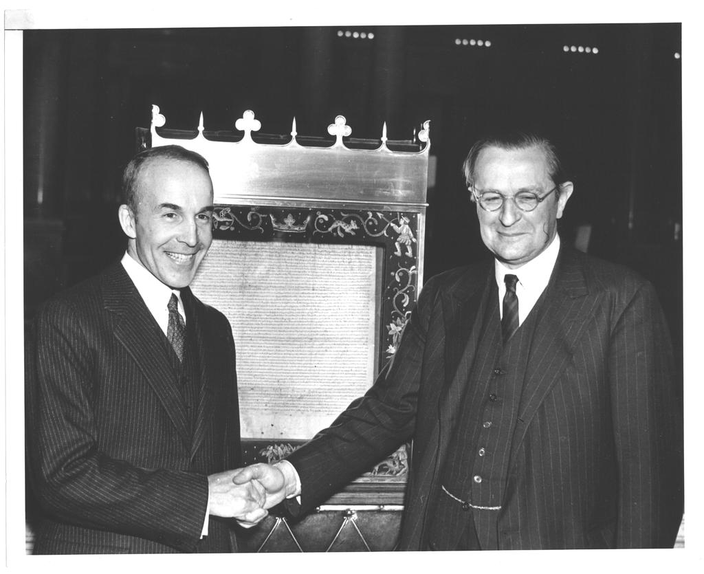 Photograph of Archibald MacLeish, the Marquess of Lothian, and the Magna Carta, November 28, 1939