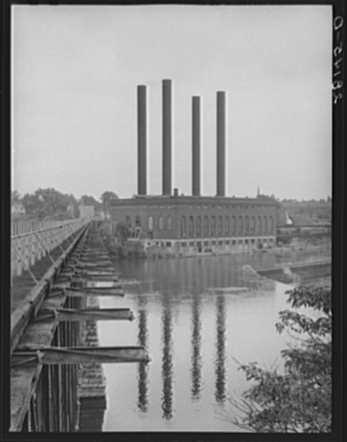 Power plant along the Mississippi River. Minneapolis, Minnesota