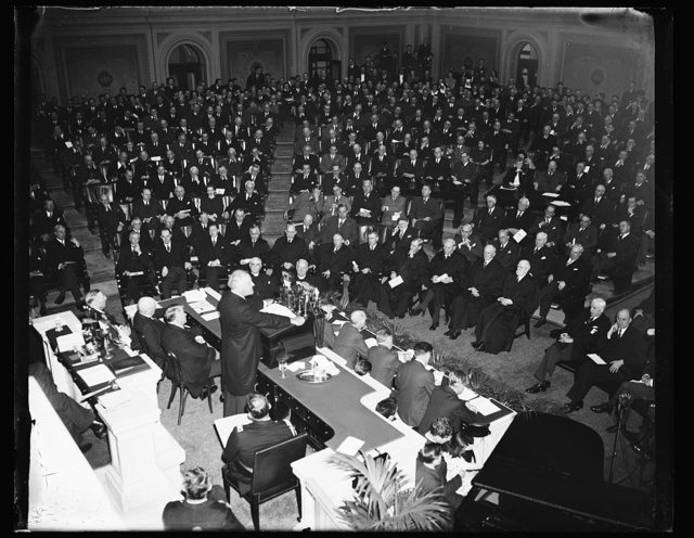 PRESIDENT ROOSEVELT ADDRESSES 150TH ANNIVERSARY OF CONGRESS. WASHINGTON, D.C. MARCH 4. FOLLOWING THE ADDRESS OF SUPREME COURT JUSTICE HUGHES, THE PRESIDENT INTRODUCED BY VICE PRESIDENT GARNER, MADE HIS SPEECH. SEATED BESIDE THE PRESIDENT IS SENAATOR ALBEN BARKLEY, MAJORITY LEADER. THE SUPREME COURT AND CABINET IS SEATED BEFORE HIM