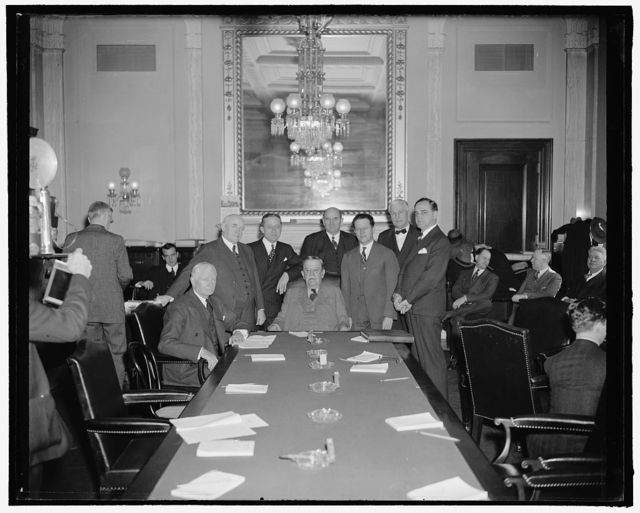 [...] seated: Elmer Thomas, Ellison Smith (Chairman). Standing: John Bankhead, Carl Hatch, Lynn Frazier, Allen Ellender, Guy Gillette, William Bulow