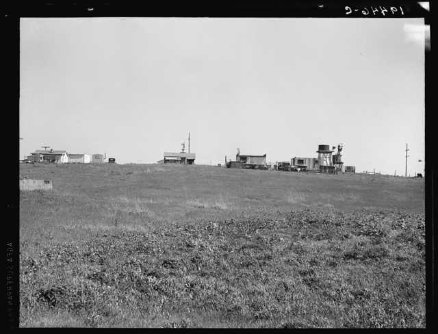 Settlement of small plots held mostly by lettuce shed workers, many from Oklahoma. Outskirts of Salinas, California
