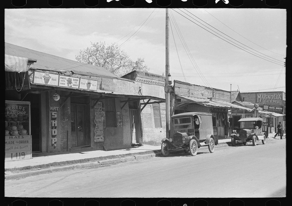 Street scene in Mexican district of San Antonio, Texas