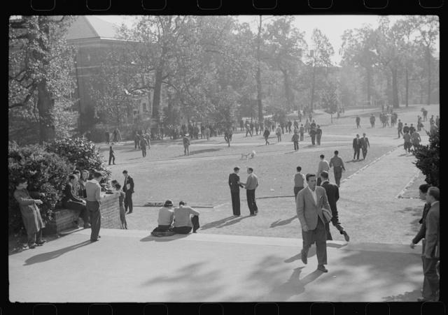 Students during change of classes. University of North Carolina, Chapel Hill, North Carolina