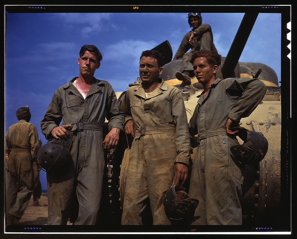 Tank crew standing in front of M-4 tank, Ft. Knox, Ky.