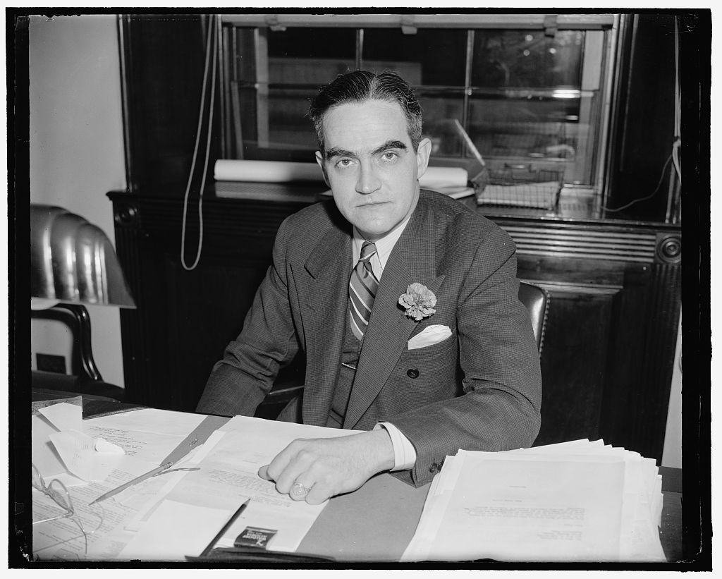 Tennessee Solon. Washington, D.C., April 1. A new informal picture of Rep. Joseph W. Byrns, Jr. democrat of Tennessee. He is the son of the late Speaker of the House. 4-1-39