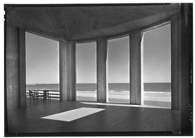 The Dunes Club, Narragansett, Rhode Island. Ocean portico looking out