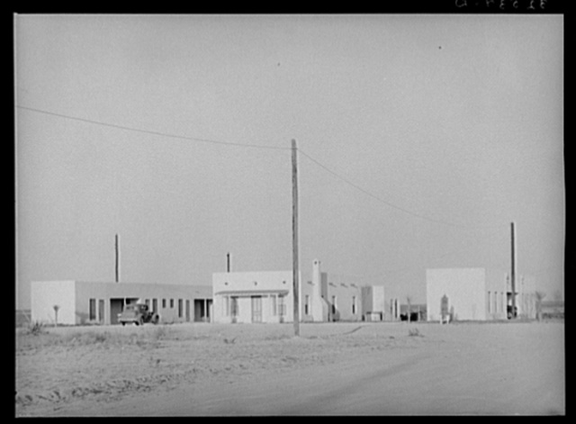 Tourist court and office of real estate development. El Indio, Texas