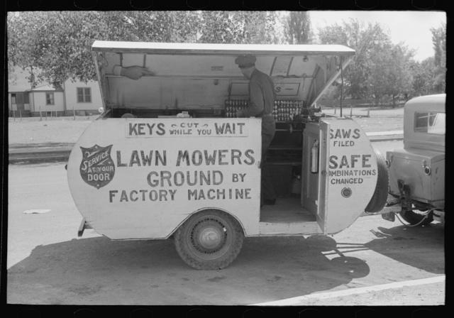 Trailer of itinerant key maker and lawn mower sharpener, Saint Johns, Arizona
