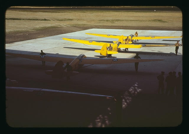 Training gliders at the Marine [Corp]'s Page Field, Parris Island, S.C.