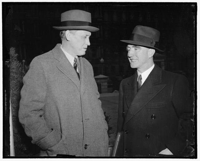 Two new cabinet members. Washington, D.C., Jan. 26. Attorney General Frank Murphy and Secretary of Commerce Harry Hopkins leave the White House today after a conference with President Roosevelt, 1-26-39