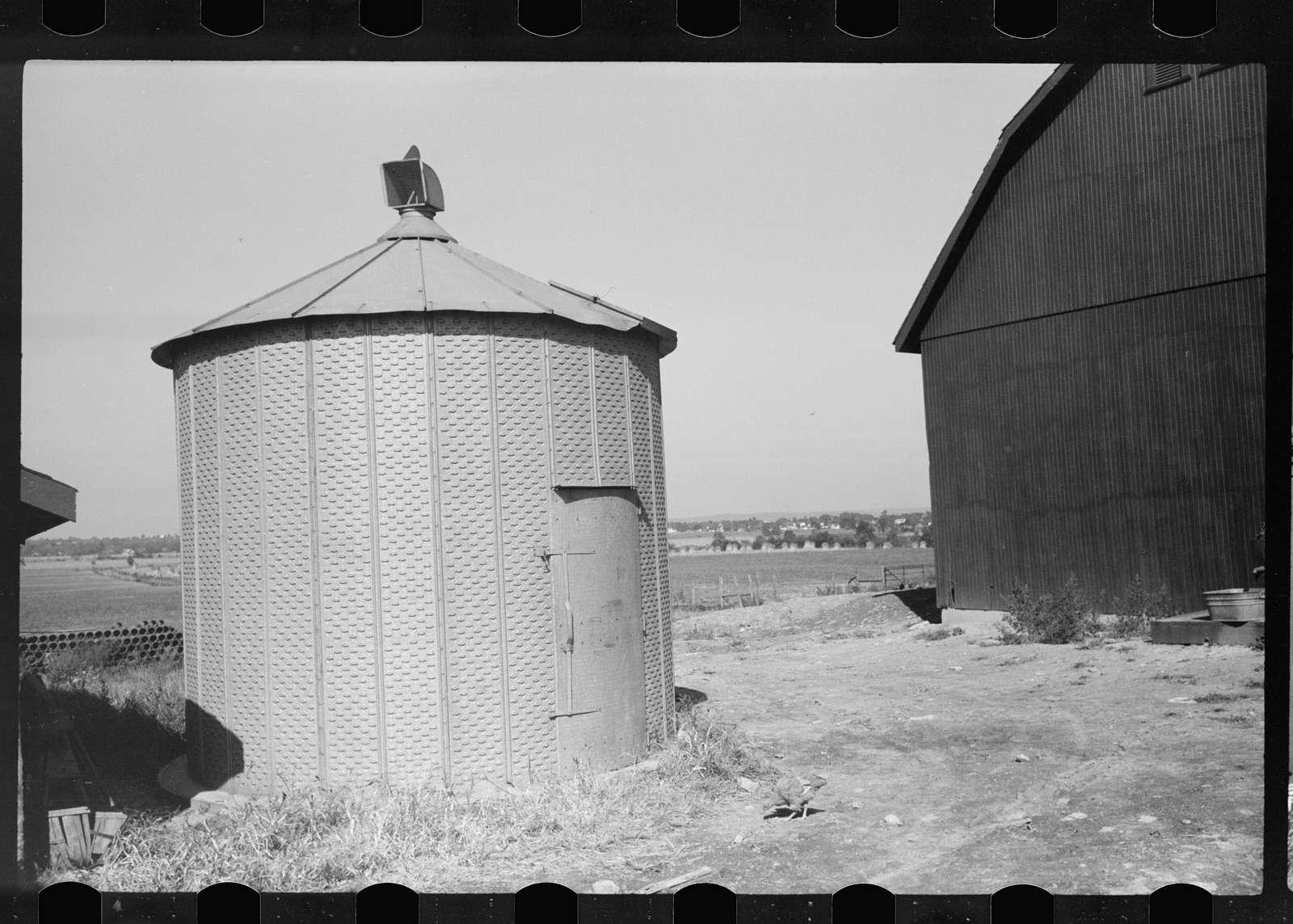 Farmers of Great Depression. Dust bowl refugees, Resettlement program.