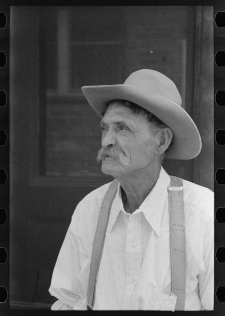 Veteran oil worker, now a peddler, Seminole, Oklahoma