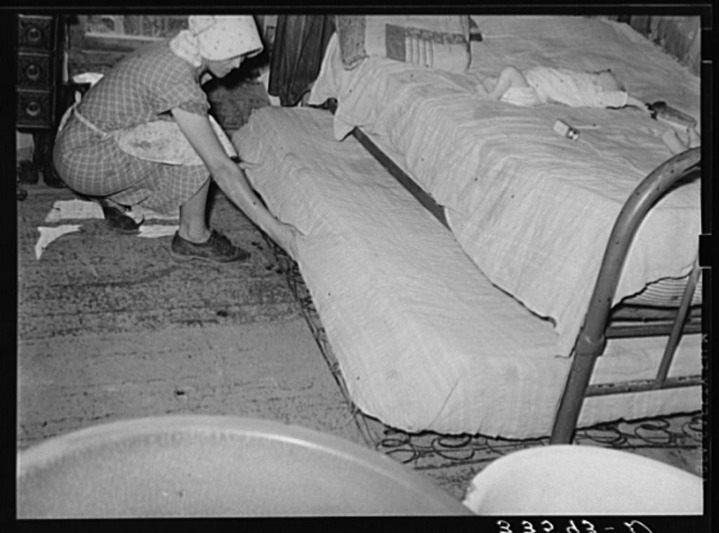 Origin of Trundle Bed