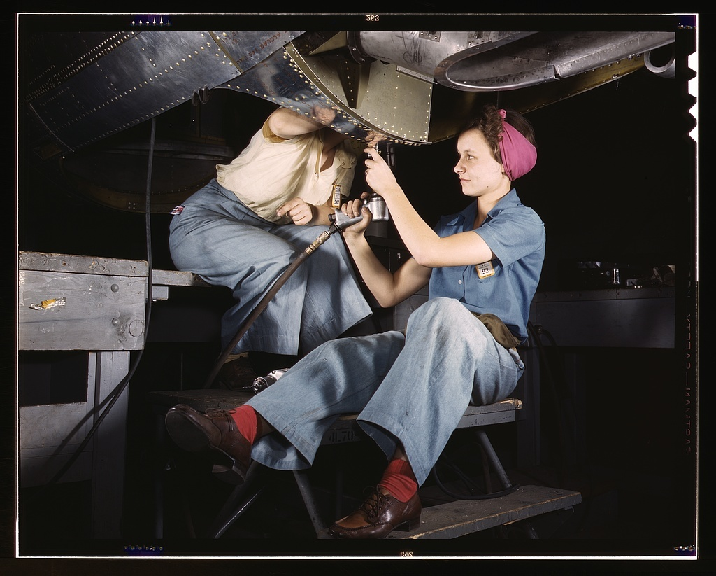 Women at work on bomber, Douglas Aircraft Company, Long Beach, Calif.
