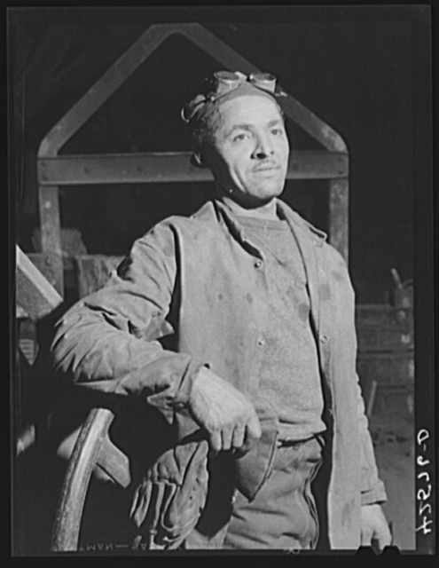 A worker in the foundry at the Farrell-Birmingham Corporation. Ansonia, Connecticut