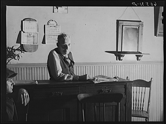 A.E. Blum, proprietor of thirty-five cents a night hotel. Dubuque, Iowa