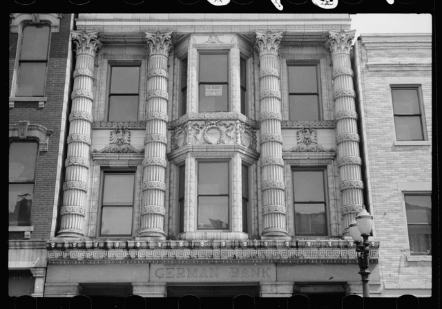 Bank on main street, Dubuque, Iowa