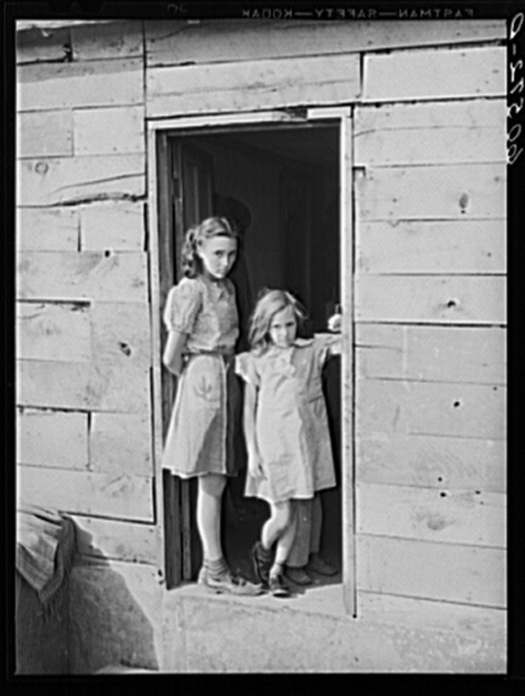 Children living in shack town along river bottoms. Dubuque, Iowa