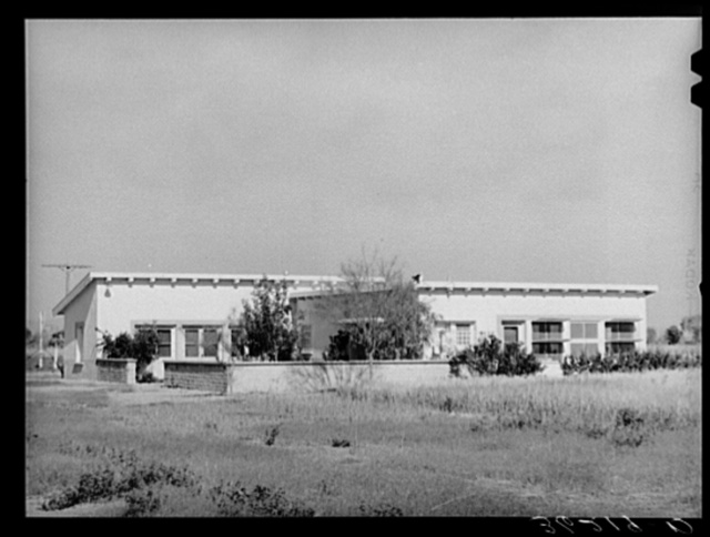 Community building at the Arizona part-time farms. Chandler Unit, Maricopa County, Arizona