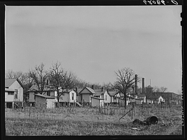 Company houses near cotton mill. Gadsden, Alabama