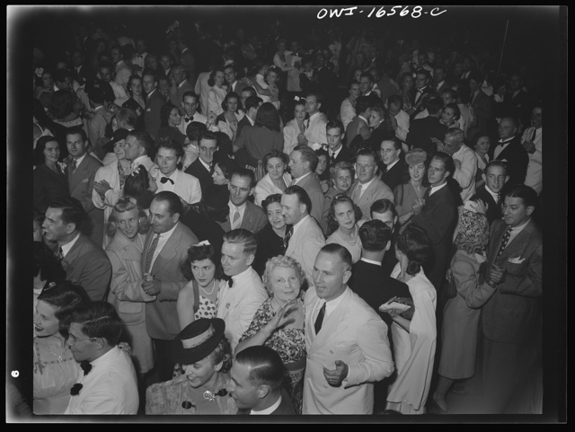 Detroit, Michigan. A Venetian night party at the Detroit yacht club, whose members represent the wealthier class of manufacturers and their friends. Group dancing