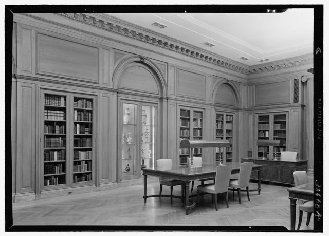 Dr. Henry W. Berg Room, at Public Library, 5th Ave. and 42nd St., New York View toward librarians from right corner