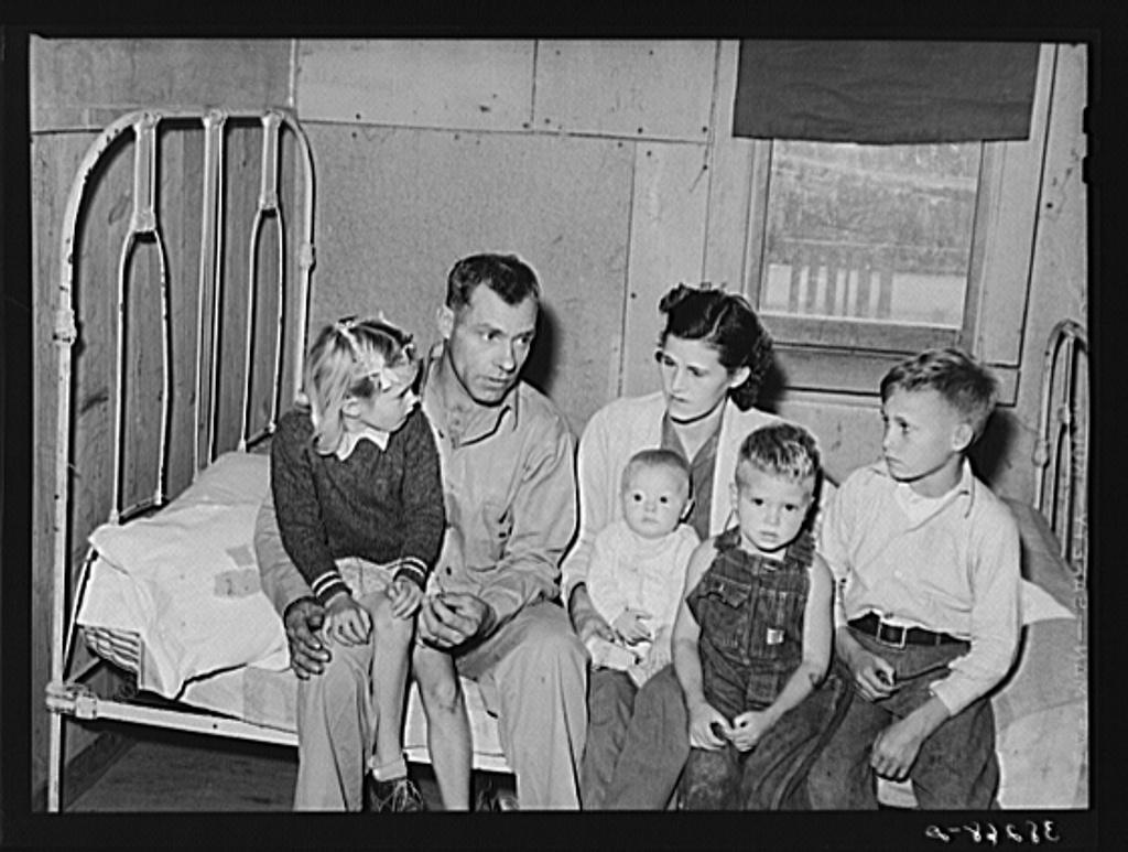Family group, workman and his family. Corpus Christi, Texas